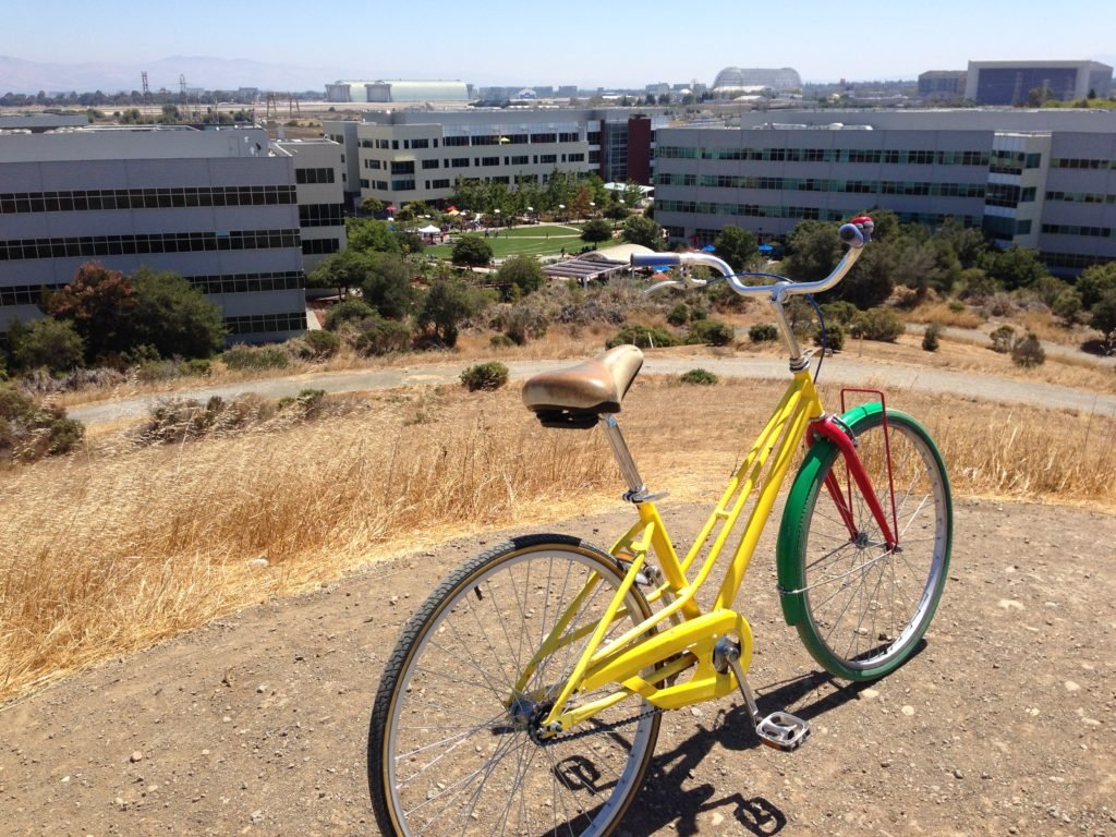 Photo of bicycle at Google campus, an example of a strategic human resource management initiative